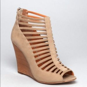 Rebecca Minkoff sydney suede wedge tan bootie shoe